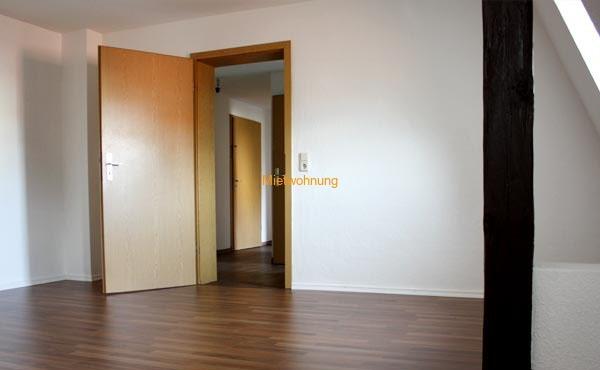 Single Wohnung in Löbau - 215,00 Euro + NK