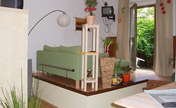 1-Raum-Wohnung mit Einbauküche und Terrasse